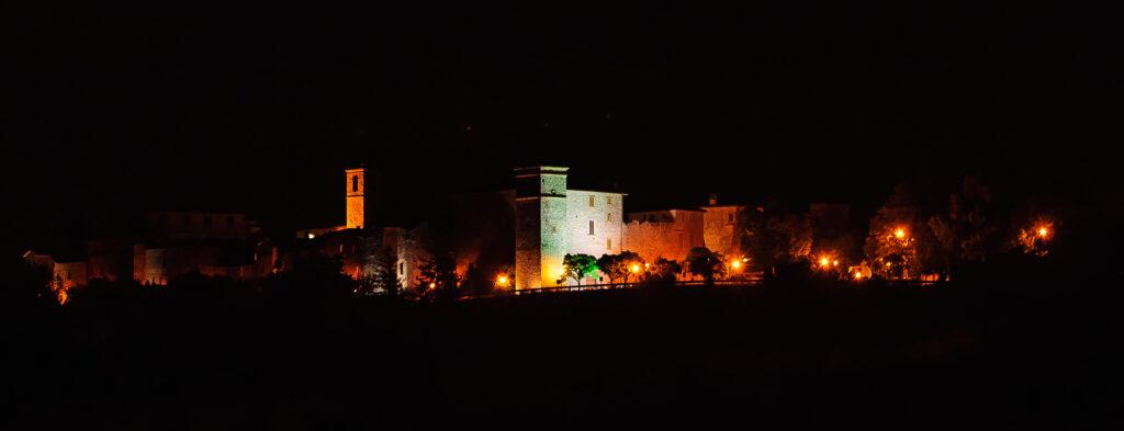 Fratta Todina in notturna